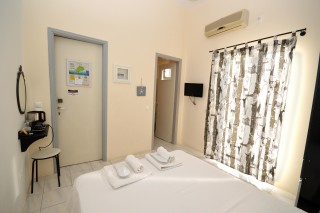agistri-double-rooms-koukounari-02