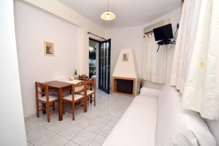 koukounari-luxury-rooms-1