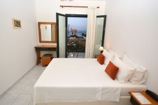 agistri-seaview-deluxe-apartment-04