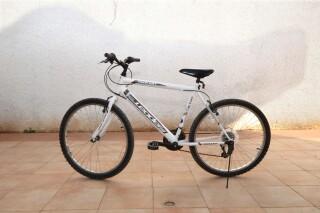 moto agistri holidays bikes