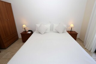 superior apartment agistri holidays bed